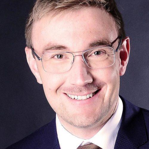 Dr. Bastian Winkenbach
